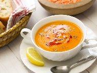 Езо гелин - турска супа от червена леща, булгур картофи и запръжка